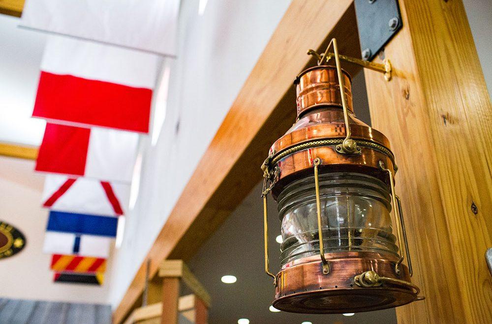 deltaville-lantern